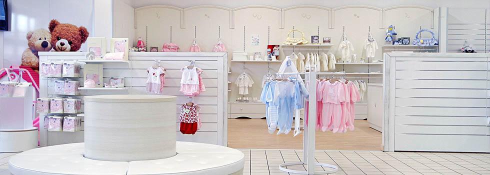 Arredamento e allestimento negozio per bambini a benevento for Prisma arredo negozi