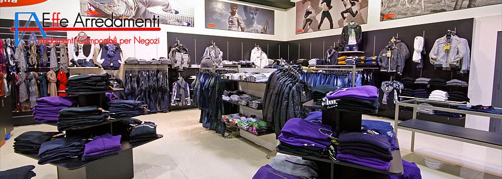 Arredamento negozio di abbigliamento uomo donna bambino a for Gieffe arredamenti roma