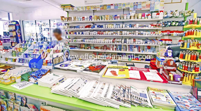 Arredamento per cartoleria tabaccheria ricevitoria reggio for Regalo arredamento completo