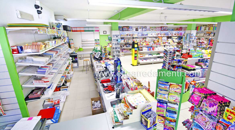 Arredamento per cartoleria tabaccheria ricevitoria reggio for Giornali di arredamento