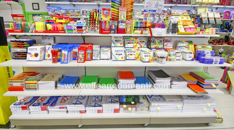 Arredamento per cartoleria tabaccheria ricevitoria reggio for Arredamento cartoleria