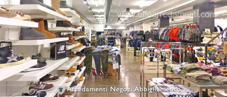 Arredamento per negozi di abbigliamento usato arredamento for Arredamento per negozi abbigliamento