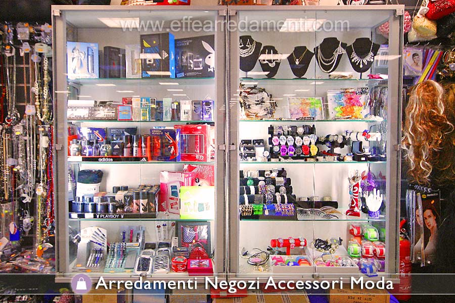 Allestimenti per vetrine negozi sq76 regardsdefemmes for Arredamenti x negozi
