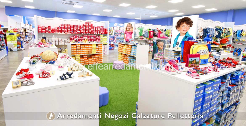 Arredamento negozi calzature effe arredamenti for Arredamento bambini roma