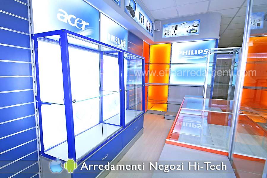 Arredamenti e allestimenti per negozi di ELETTRODOMESTICI ELETTRONICA ...