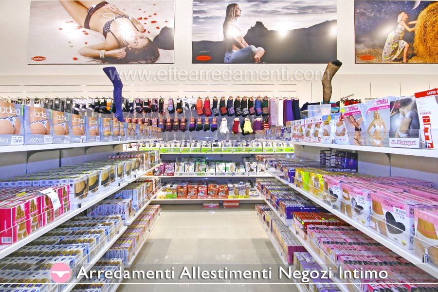 Arredamenti e allestimenti per negozi di INTIMO