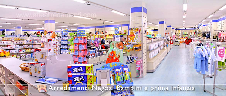 Arredamenti e allestimenti per negozi specializzati per bambini