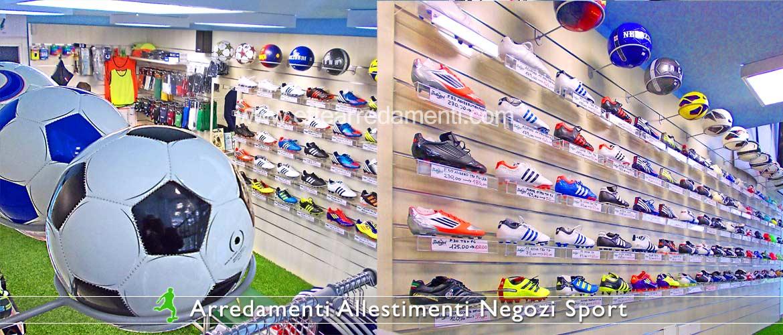 Arredamento negozi sportivi effe arredamenti for Montaggio arredamenti negozi
