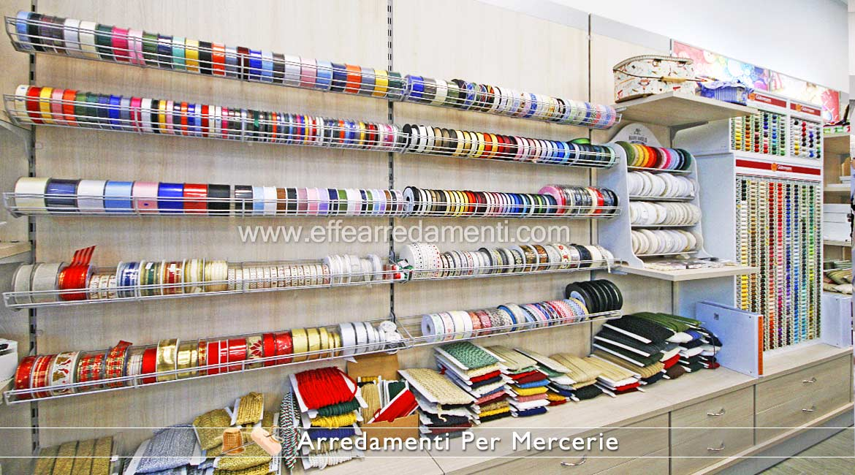Espositori merceria usati sanotint light tabella colori - Mobiliario para merceria ...