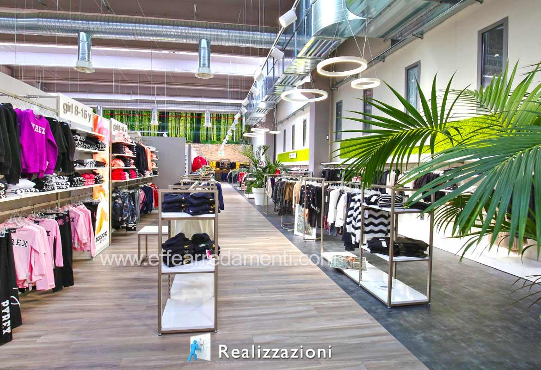 Realizzazioni Arredamenti Per Negozi Abbigliamento