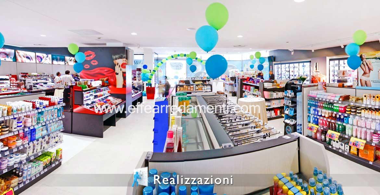 Realizzazione arredamento negozi - Prodotti Per il corpo e la Casa