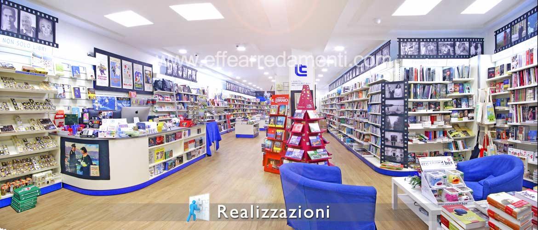 Realizzazione arredamento negozi - Libri