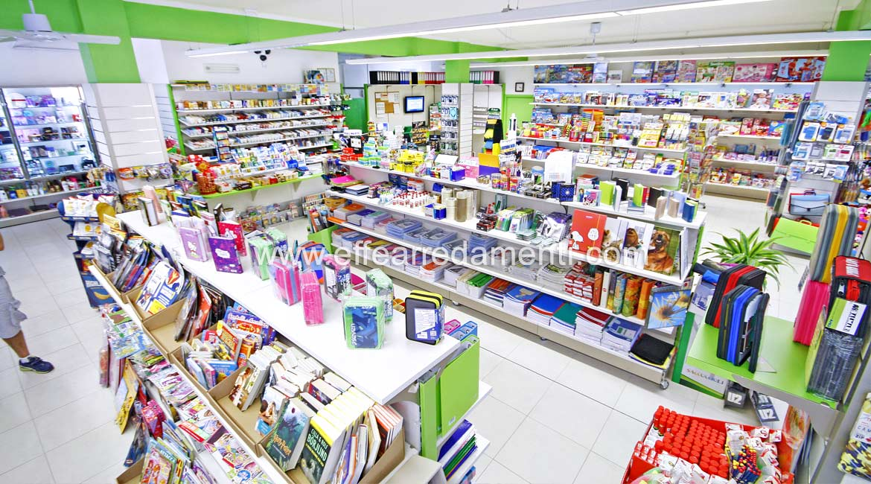 arredamento negozio a reggio emilia cartoleria
