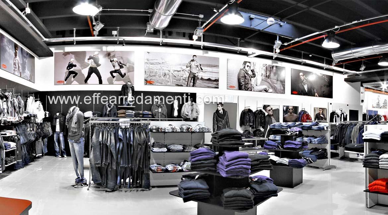Arredamento Negozio Abbigliamento reparto Uomo Bracciano Roma
