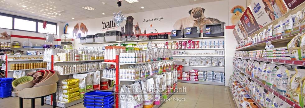 Arredamento negozio a Roma: Articoli per animali