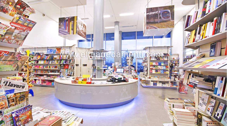 Allestimento Arredo negozio a Scandicci-Firenze: Libreria