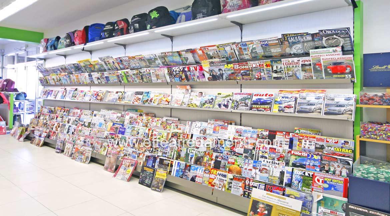 Arredamento negozio a Reggio Emilia: Cartoleria Tabaccheria Edicola ...