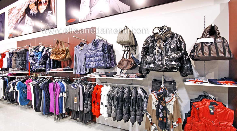 Arredo Parete Attrezzata Grande Negozio reparto Abbigliamento Donna Roma