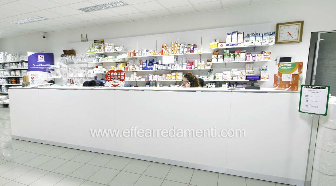 Veterinary Furniture with Bench for Drugs