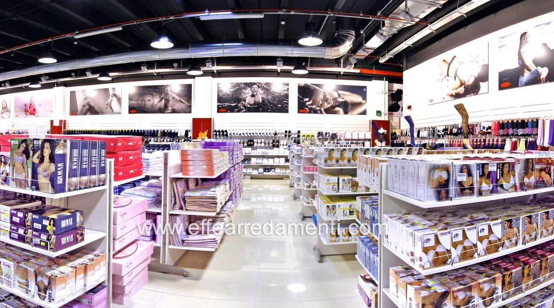 Arredo Negozio Super Store reparto Intimo Donna Uomo a Bracciano Roma
