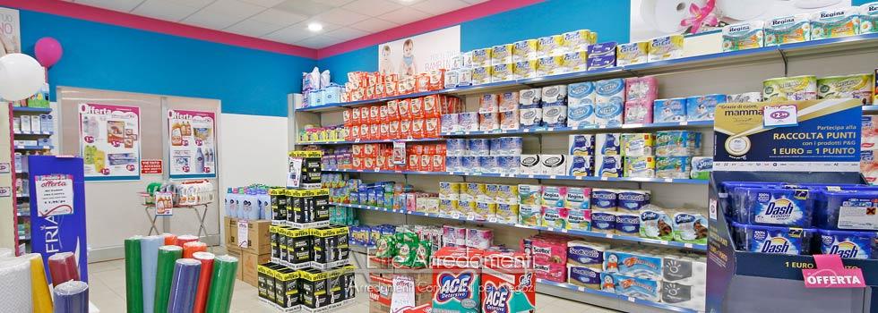 Arredamento negozio a perugia profumeria e prodotti per for Negozio tutto per la casa