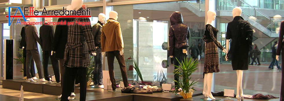 Shop furniture in Empoli: Clothing