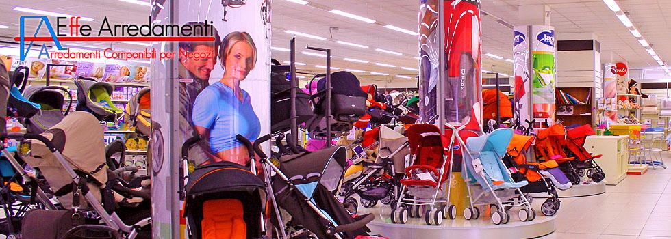 Arredamento negozio a Viterbo: prodotti per l'infanzia