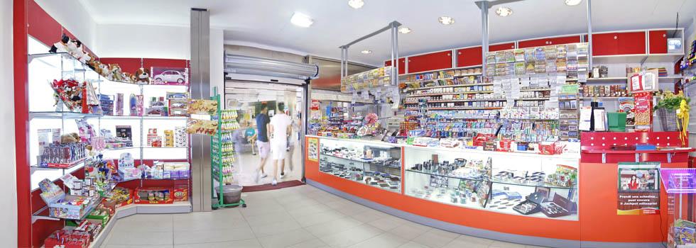 arredamento negozio ad arezzo tabaccheria effe arredamenti