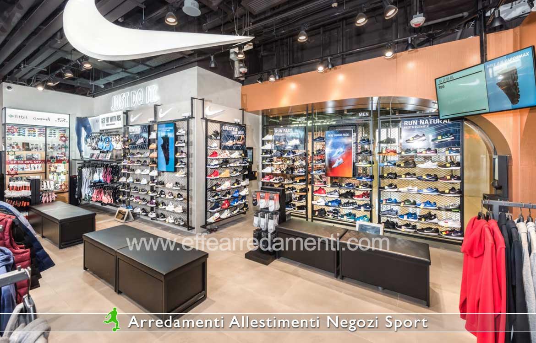 Arredamenti negozi sport