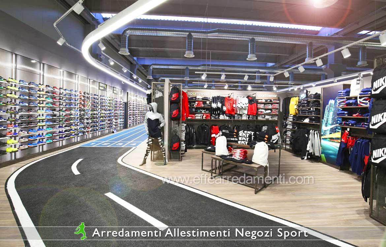 Arredamento Per negozi articoli sportivi, calzature e abbigliamento Nike