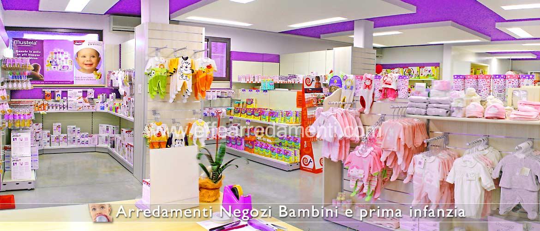 Arredi negozi esposizione prodotti per bimbi