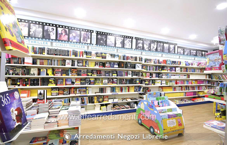 Pareti Attrezzate Scaffalature Per Negozi Libri Esposizione Librerie
