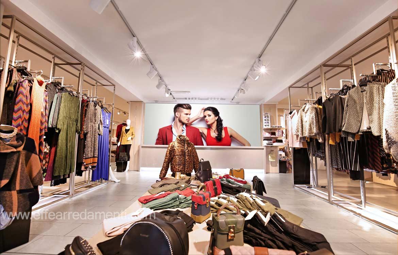 df14a23f7955e Arredamenti per Negozi Abbigliamento - Effe Arredamenti