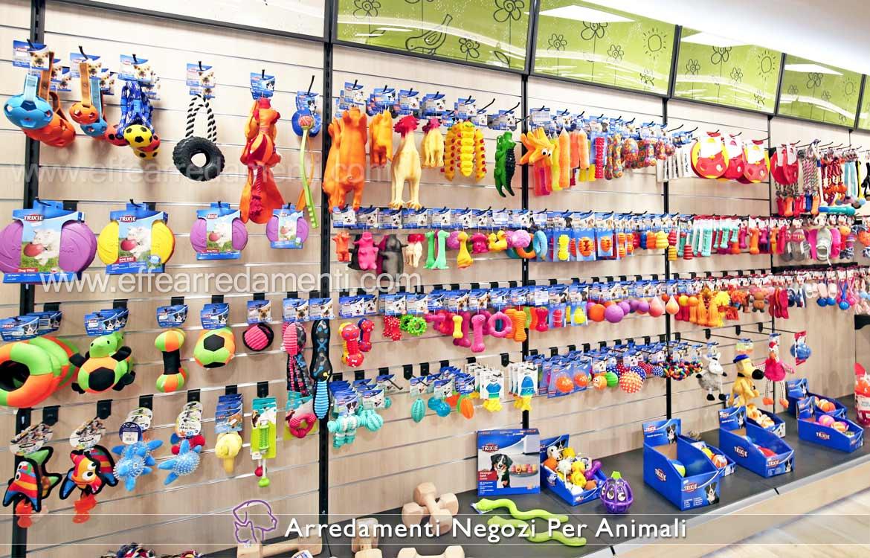 Arredamento esposizione accessori giocattoli per animali