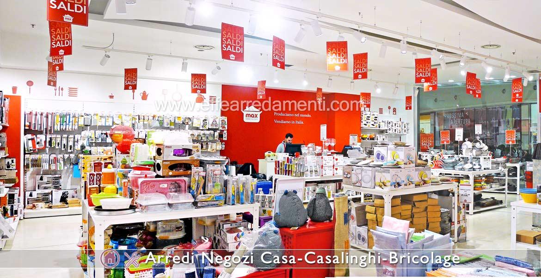 arredamenti per negozi di prodotti per la casa casalinghi