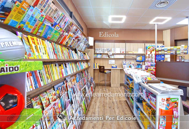 Arredamenti Edicole esposizione riviste giornali e banco edicola