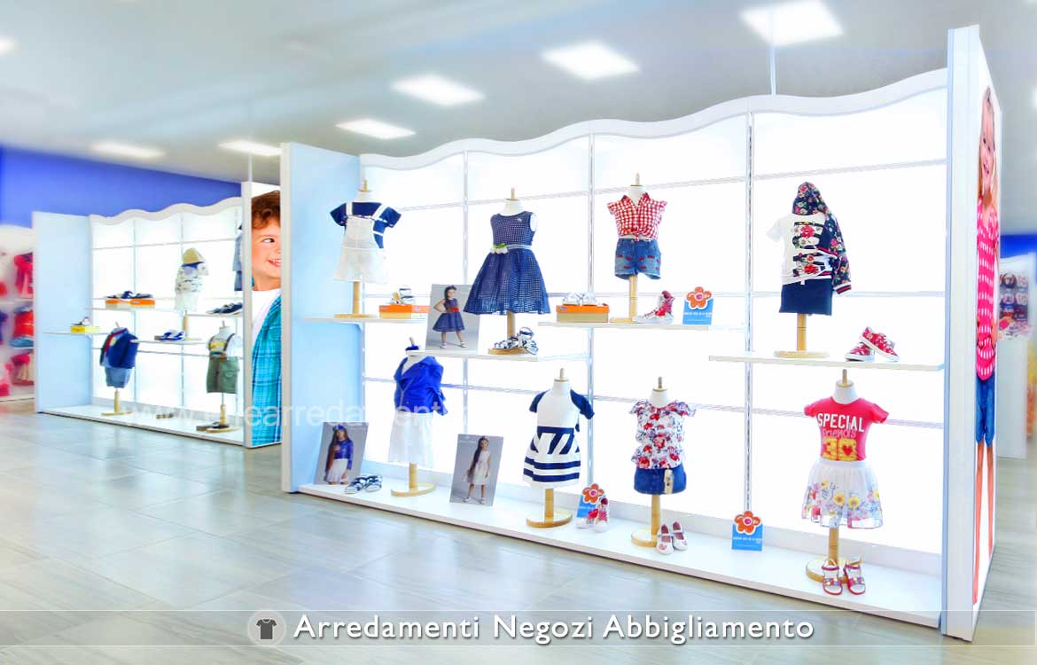 Furniture for clothing stores effe arredamenti for Arredamento bambini roma