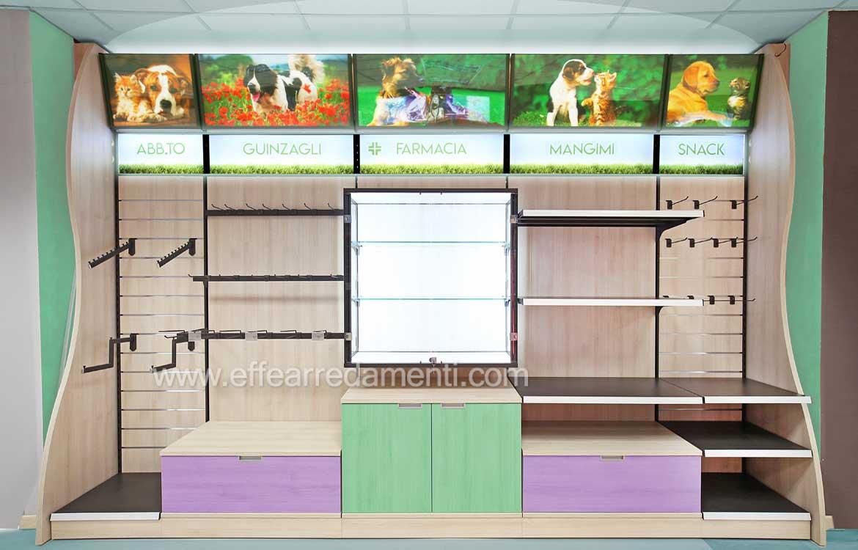 Scaffali in legno Pareti Attrezzate per negozi animali Pet Shop