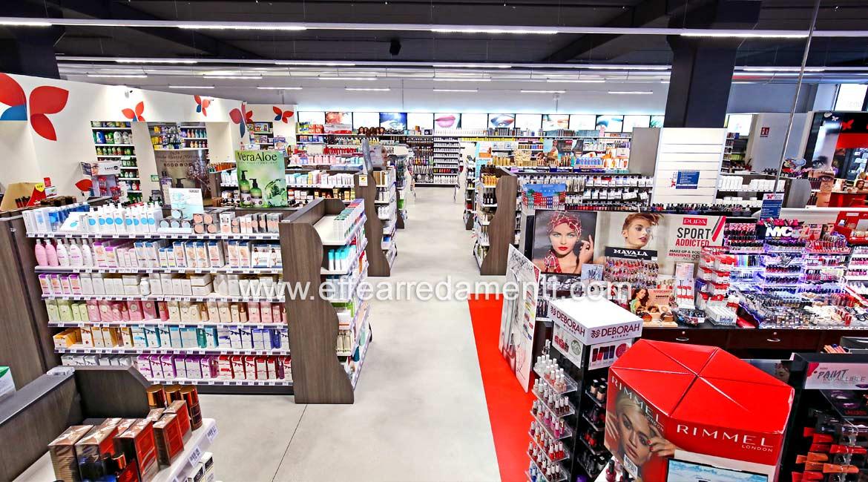 Allestimento Arredo Negozio Super Store di Cosmetica, Profumeria, Make up, Pulizia Corpo e Casa a Verona