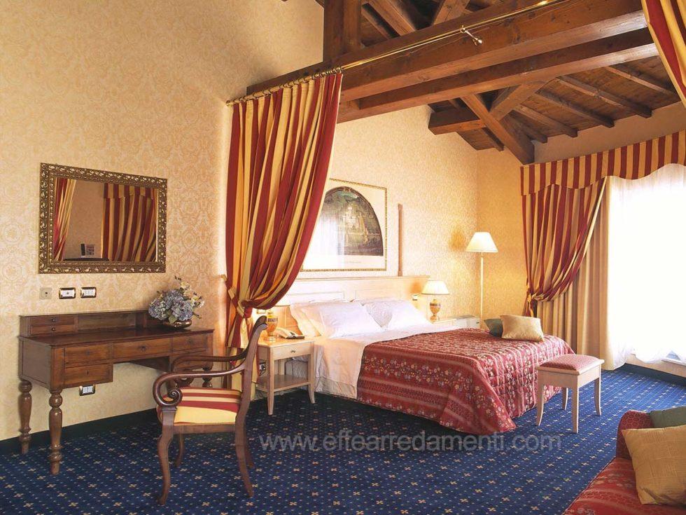 Allestimento Camere Classiche Hotel