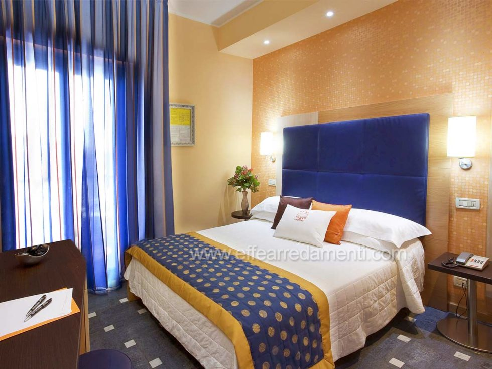 Allestimento Camere Matrimoniali Per Hotel