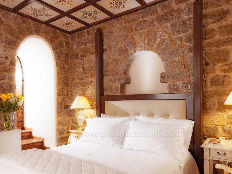 Allestimento Camere Stile Rustico Classico Hotel