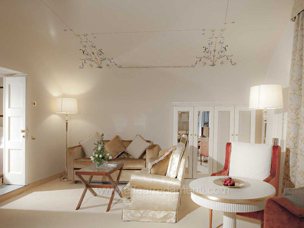 Allestimento Camere Suite Stile Classico Hotel