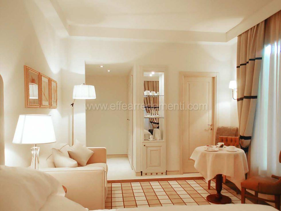 Allestimento Camere junior Suite Per Hotel