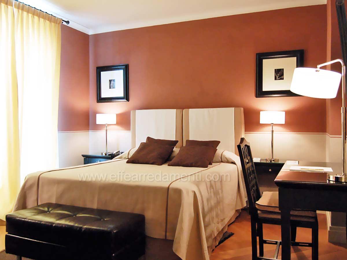 Arredamenti e allestimenti camere per hotel alberghi for Camera matrimoniale arredamento