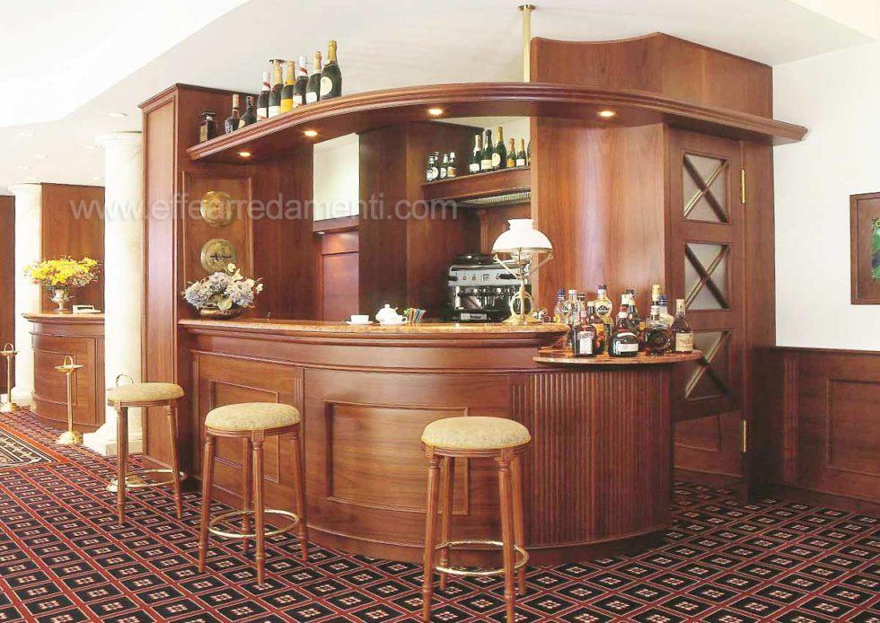 Bancone Bar Hotel Realizzato a Ferrara