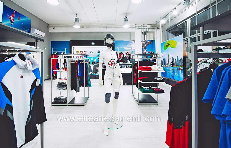 A Arredamenti Estremo Effe Sport Livorno Negozio Arredamento Per wqxSfgwZ
