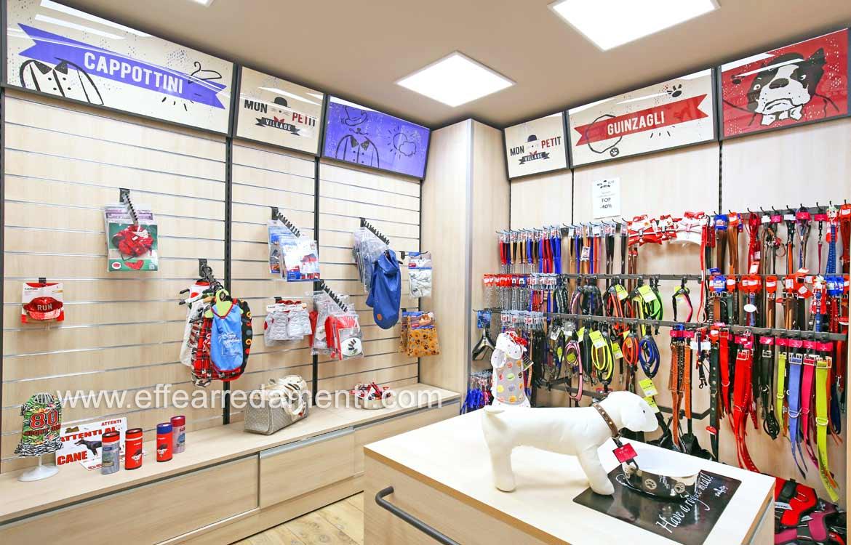 Arredamento Esposizione Abbigliamento e Guinzagli per Animali