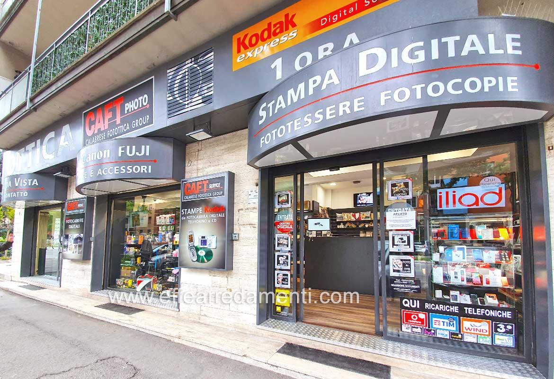 Realizzazione Allestimento Negozio Foto e Ottica a Bologna