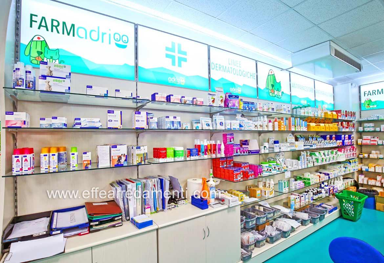 Parete espositiva Farmacia veterinaria negozio animali